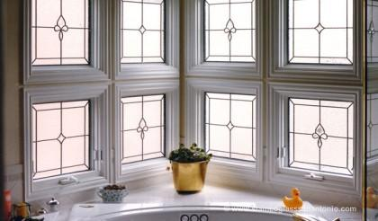 stained-glass-bathroom-window-4-large